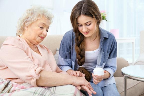 10-step-guide-in-senior-skin-care
