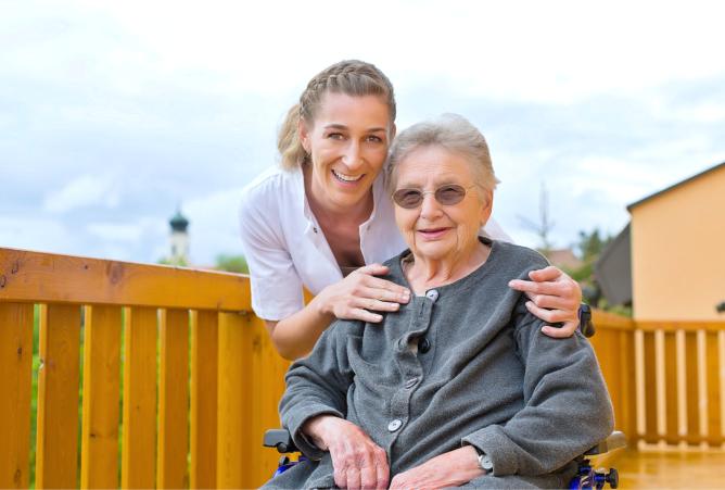 Effective Ways to Help Seniors Cope With Sundowning